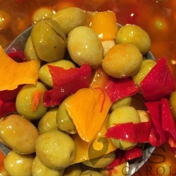 OLIVES CASSEE PIMENTE TUNISIENNE